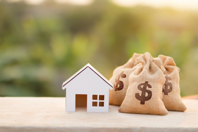 What Fees Are Included in My Monthly Mortgage Payment?
